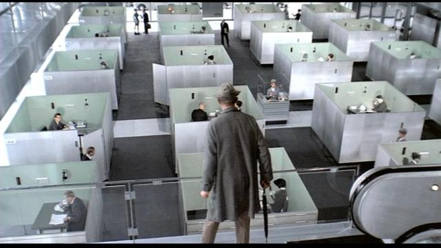 "Fotograma do filme ""Playtime"" de Jacques Tati"
